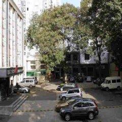 Отель Jingjiang Inn Xi'an Jianguomen парковка