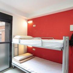 Center Valencia Youth Hostel Кровать в общем номере с двухъярусной кроватью фото 15