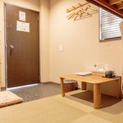 Fukuoka Hana Hostel Кровать в мужском общем номере