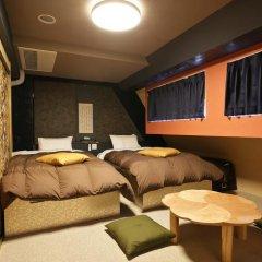 SAMURAIS HOSTEL Ikebukuro Стандартный семейный номер с двуспальной кроватью фото 12