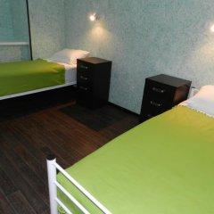 Хостел Абсолют Кровать в общем номере с двухъярусной кроватью фото 3