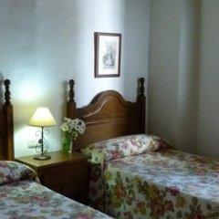 Отель Hostal Santa Catalina Испания, Кониль-де-ла-Фронтера - отзывы, цены и фото номеров - забронировать отель Hostal Santa Catalina онлайн комната для гостей фото 2