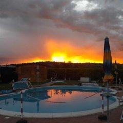 Отель Al Casale Di Morro Морровалле бассейн фото 2