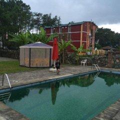 Отель Staryy Dom бассейн