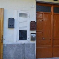 Отель Nnammuratella Аджерола сейф в номере