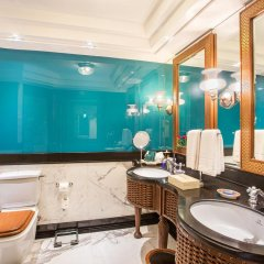 Отель The Oberoi Amarvilas, Agra 5* Люкс повышенной комфортности с различными типами кроватей фото 8