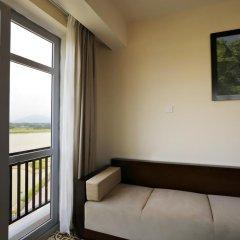 Royal Riverside Hoi An Hotel 4* Номер Делюкс с различными типами кроватей фото 2