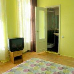 Апартаменты Apartments na Naberezhnoy Kutuzova комната для гостей фото 5