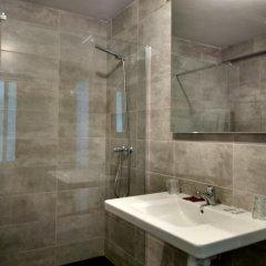 Отель Hostal Mara Испания, Ла-Корунья - отзывы, цены и фото номеров - забронировать отель Hostal Mara онлайн ванная
