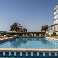 Отель Talaso Louxo-La Toja Эль-Грове бассейн