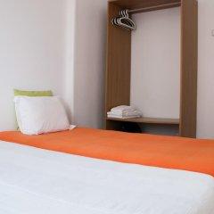 Отель BoHo Alecrim - Guesthouse сейф в номере