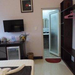 Отель The Moon Villa Hoi An 2* Стандартный семейный номер с различными типами кроватей фото 4