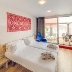 Отель Generator Barcelona Барселона комната для гостей фото 3
