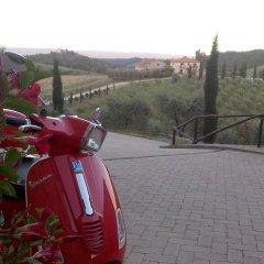 Отель Fattoria Voltrona Италия, Сан-Джиминьяно - отзывы, цены и фото номеров - забронировать отель Fattoria Voltrona онлайн парковка