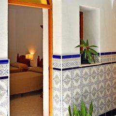Отель Hostal El Arco Номер категории Эконом с различными типами кроватей фото 11