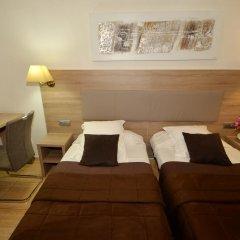 Hotel Parisien 2* Стандартный номер с 2 отдельными кроватями фото 7