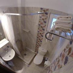 Akrotiri Hotel ванная фото 2