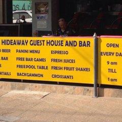 Отель Hideaway Guest House And Bar городской автобус