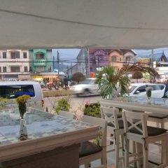 Отель Phuket Airport Suites & Lounge Bar - Club 96 бассейн фото 2