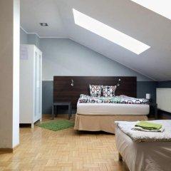 Гостевой Дом Anton House Стандартный семейный номер с двуспальной кроватью (общая ванная комната) фото 7