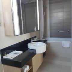 Отель Somerset Ho Chi Minh City 4* Улучшенные апартаменты с различными типами кроватей фото 5