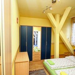 Pal's Hostel & Apartments комната для гостей фото 3