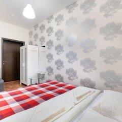 Хостел Каникулы Супер Стандартный номер с двуспальной кроватью (общая ванная комната) фото 5