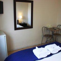 Отель Commercial Rd Homestay Стандартный номер с различными типами кроватей