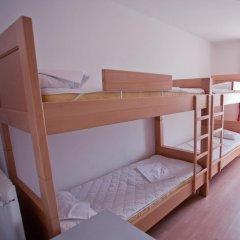 Youth Hostel Zagreb Кровать в общем номере с двухъярусной кроватью фото 2