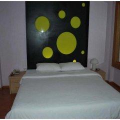 Suriwongse Hotel 3* Номер Делюкс с двуспальной кроватью фото 8