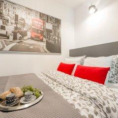 Апартаменты Rondo ONZ P&O Apartments комната для гостей фото 4