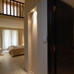 Hotel Alkionis сейф в номере
