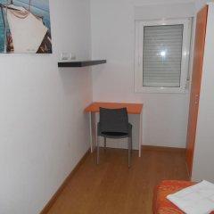Отель Apartamentos Bahía de Boó в номере