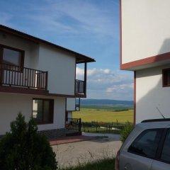 Отель Aleksandrovo Holiday Home Болгария, Равда - отзывы, цены и фото номеров - забронировать отель Aleksandrovo Holiday Home онлайн парковка