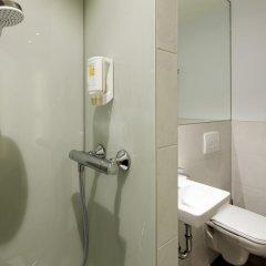 Отель easyHotel Brussels City Centre 3* Стандартный номер с различными типами кроватей
