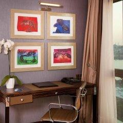 Radisson Blu Hotel Istanbul Pera 5* Люкс с различными типами кроватей