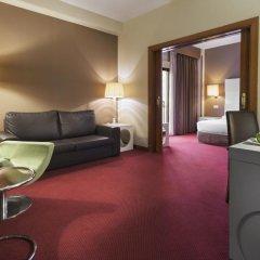 Отель Holiday Inn Madrid - Calle Alcala 4* Люкс с различными типами кроватей фото 5