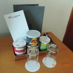 Отель Swiss-Belhotel Sharjah удобства в номере