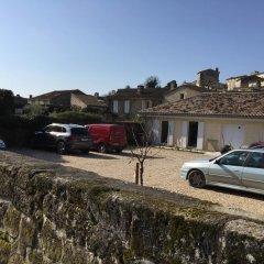 Отель La Mansarde Франция, Сент-Эмильон - отзывы, цены и фото номеров - забронировать отель La Mansarde онлайн парковка