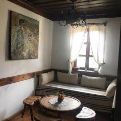 Отель Hadji Neikovi Guest Houses интерьер отеля фото 3