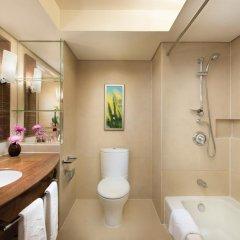 Shangri-la Hotel, Shenzhen 5* Улучшенный номер с различными типами кроватей фото 4
