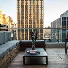 Renaissance New York Midtown Hotel 4* Стандартный номер с различными типами кроватей фото 2
