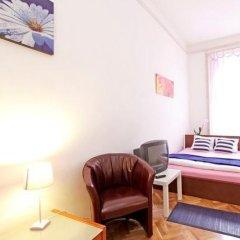 Отель City Rooms Стандартный номер с двуспальной кроватью (общая ванная комната) фото 24