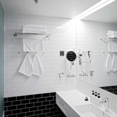 Отель Scandic Paasi 4* Улучшенный номер с различными типами кроватей фото 7