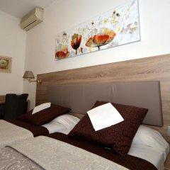 Hotel Parisien 2* Стандартный номер с 2 отдельными кроватями фото 11