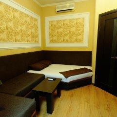 Гостиница А-Гостиница в Оренбурге 1 отзыв об отеле, цены и фото номеров - забронировать гостиницу А-Гостиница онлайн Оренбург комната для гостей фото 4