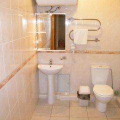 Отель Užupio namai B&B Литва, Вильнюс - отзывы, цены и фото номеров - забронировать отель Užupio namai B&B онлайн ванная