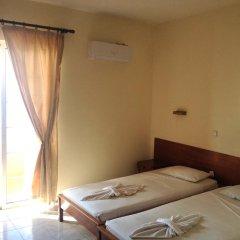 Отель 4 Brothers комната для гостей