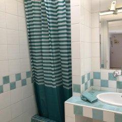 Отель Sky Suites El Prado Мадрид ванная фото 2