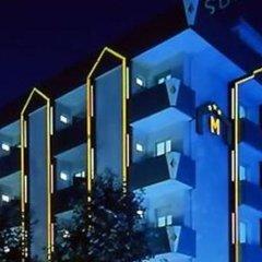 Hotel Madison Римини вид на фасад фото 2